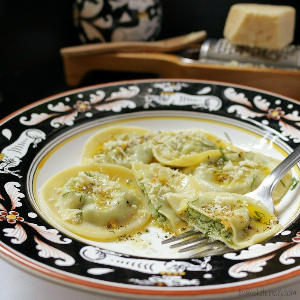 Organic Spinach and Cheese Ravioli in Rosemary Sage Cream